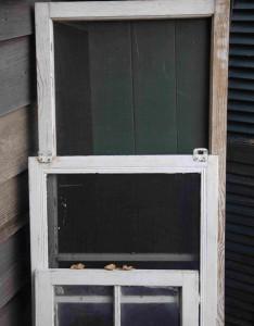 Alte Fenster, die ausgetauscht werden.