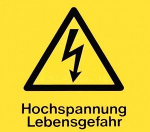 Warnhinweis vor Elektrizität.