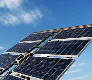 Über die Module der Photovoltaianlage wird die Sonnenenergie absorbiert und in Solarstrom umgewandelt.