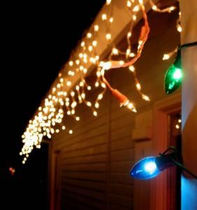 Blinkende Weihnachtsbeleuchtung.