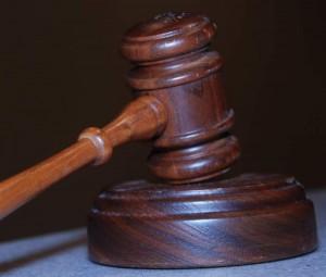 Leider können trotz aller Vor- und Umsicht Probleme entstehen und dann kommt man manchmal nicht um rechtlichen Rat herum.