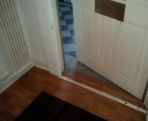Holzboden im Eingangsbereich.