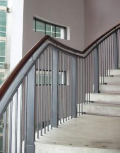 Das Treppenhaus zu streichen kann eine knifflige Angelegenheit sein.